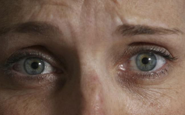 Nhìn thẳng vào 7 ánh mắt này để biết mình có khả năng thần giao cách cảm không?